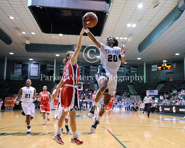 Tulane falls to Houston, 85-70, in women's basketball.