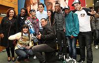 ATENÇÃO EDITOR: FOTO EMBARGADA PARA VEICULO INTERNACIONAL - SÃO PAULO, SP, 26 SETEMBRO 2012 - ELEIÇÕES SÃO PAULO 2012 - GABRIEL CHALITA -  O candidato a prefeitura de São Paulo pelo PMDB Gabriel Chalita durante a apresentação de suas propostas para o esporte, no centro da capital paulista. No evento, o candidato ainda promoveu um debate com representantes dos esportes de rua, como skate, patins e basquetebol. Nesta quarta, 26. (FOTO: LEVY RIBEIRO / BRAZIL PHOTO PRESS)