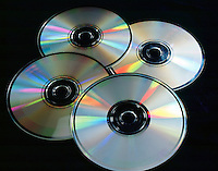 SPECTRAL COLORS REFRACTED BY COMPACT DISCS<br />