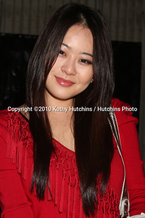 LOS ANGELES - NOV 20:  Julia Ling at the Connected's Celebrity Gift Suite celebrating the 2010 American Music Awards at Ben Kitay Studios on November 20, 2010 in Los Angeles, CA