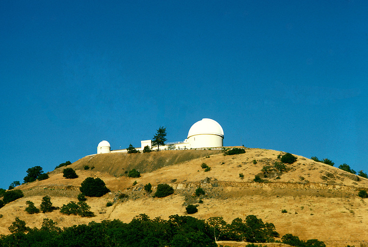 California: San Jose. Lick Observatory on hill overlooking San Jose..Photo copyright Lee Foster, 510/549-2202, lee@fostertravel.com, www.fostertravel.com..Photo #: cajose105