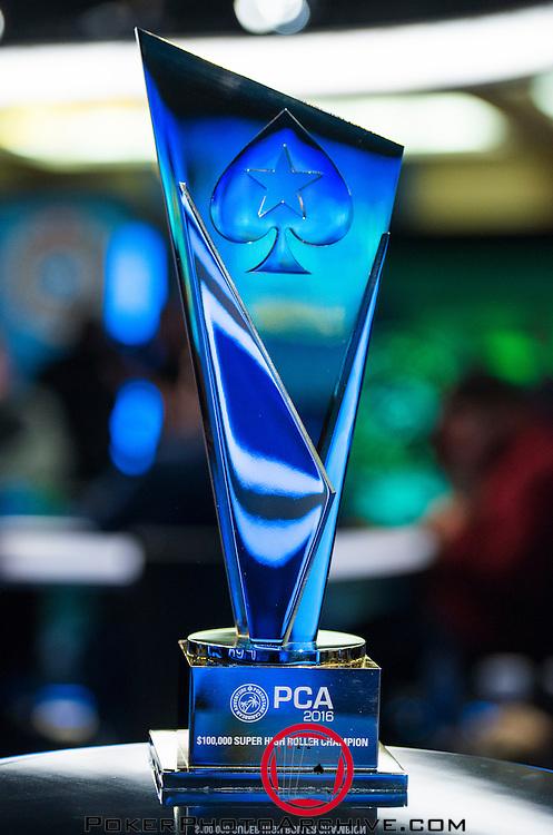 Super High Roller Trophy