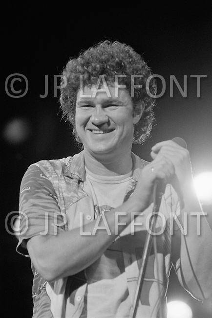 July 1979, Montreal, Quebec, Canada. Quebec singer and songwriter Robert Charlebois on stage in Montreal Harbour. He is an important figure in French music and his best known songs include Lindberg and Je reviendrai à Montréal.