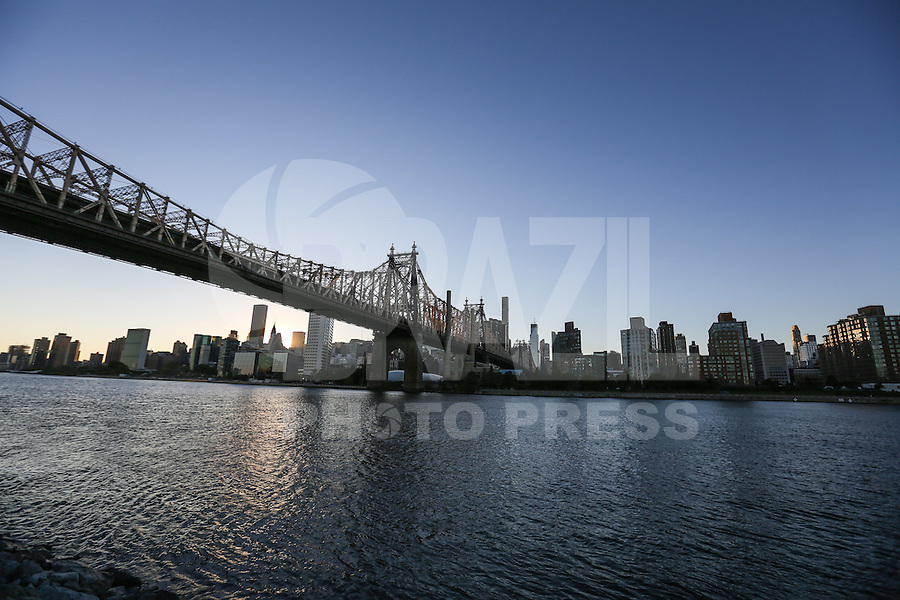 NEW YORK, NY, 11.10.2016 - TURISMO-NEW YORK - Vista da ilha de Manhattan a partir do Queenbridge Park em New York nesta terça-feira, 11. (Foto: William Volcov/Brazil Photo Press)