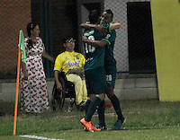 FLORIDABLANCA - COLOMBIA - 22 - 05 - 2016: Los jugadores de La Equidad, celebran el gol anotado al Atletico Bucaramanga, durante partido entre Atletico Bucaramanga y La Equidad, por la fecha 19 de la Liga Aguila I-2016, jugado en el estadio Alvaro Gomez Hurtado de la ciudad de Floridablanca. / The players of La Equidad, celebrate a scored goal to Atletico Bucaramanga, during a match between Atletico Bucaramanga and La Equidad, for the date 19 of the Liga Aguila I-2016 at the Alvaro Gomez Hurtado Stadium in Floridablanca city Photo: VizzorImage  / Duncan Bustamante / Cont.