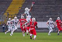 WR Tyler Rutenbeck (Schwäbisch Hall Unicorns) fängt den Ball mit einer Hand - 12.10.2019: German Bowl XLI Braunschweig Lions vs. Schwäbisch Hall Unicorns, Commerzbank Arena Frankfurt