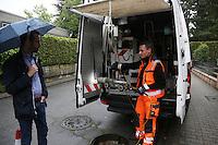 Kanalinspektor Michael Dörrmann mit dem Kamerawagen und Rüsselsheims Baustadtrat Nils Kraft