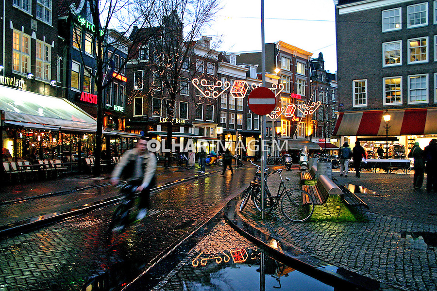Praça em Amsterdã. Holanda. 2007. Foto de Marcio Nel Cimatti.