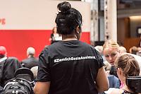 """SPD-Fachtagung zum geplanten Bundesteilhabegesetz am Montag den 30. Mai 2016 in Berlin.<br /> Unter dem Titel """"Selbstbestimmt und mittendrin – das Bundesteilhabegesetz kommt"""" fuehrte die SPD-Bundestagsfraktion im Paul-Loebe-Haus eine Fachtagung zum neuen Bundesteilhabegesetz durch.<br /> Vorgestellt wurde der Entwurf des Bundesteilhabegesetzes und die darin enthaltenen wichtigsten Neuerungen.<br /> Etliche betroffene Menschen mit Behinderung nahmen an der Fachtagung teil und kritisierten den Gesetzentwurf scharf. Fuer sie bedeuten etliche Neuerungen Verschlechterungen fuer ihre Lebenssituationen und den Ausschluss an gesellschaftlicher Teilhabe. Sie protestierten mehrfach waehrend der Tagung laustark gegen das Gesetz.<br /> 30.5.2016, Berlin<br /> Copyright: Christian-Ditsch.de<br /> [Inhaltsveraendernde Manipulation des Fotos nur nach ausdruecklicher Genehmigung des Fotografen. Vereinbarungen ueber Abtretung von Persoenlichkeitsrechten/Model Release der abgebildeten Person/Personen liegen nicht vor. NO MODEL RELEASE! Nur fuer Redaktionelle Zwecke. Don't publish without copyright Christian-Ditsch.de, Veroeffentlichung nur mit Fotografennennung, sowie gegen Honorar, MwSt. und Beleg. Konto: I N G - D i B a, IBAN DE58500105175400192269, BIC INGDDEFFXXX, Kontakt: post@christian-ditsch.de<br /> Bei der Bearbeitung der Dateiinformationen darf die Urheberkennzeichnung in den EXIF- und  IPTC-Daten nicht entfernt werden, diese sind in digitalen Medien nach §95c UrhG rechtlich geschuetzt. Der Urhebervermerk wird gemaess §13 UrhG verlangt.]"""