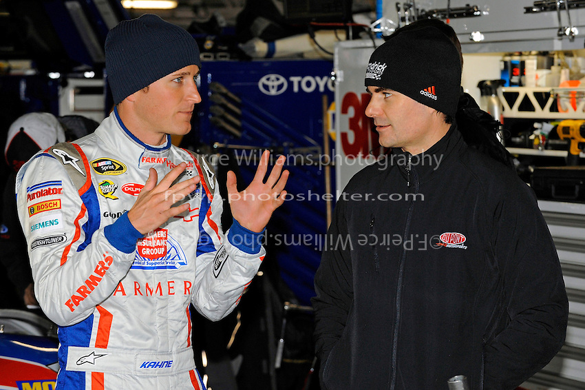 Kasey Kahne (#5) (L) and teammate Jeff Gordon (#24).