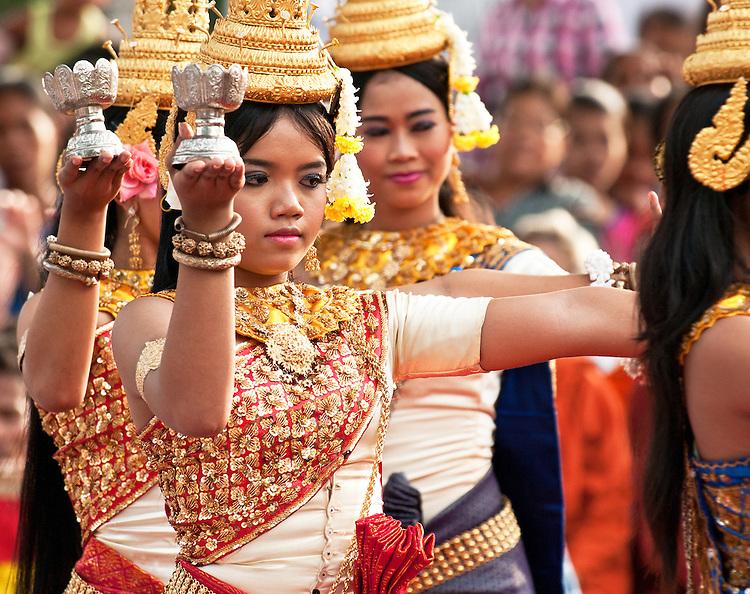 Apsara Dancer 04 - Apsara dancers, Siem Reap, Cambodia