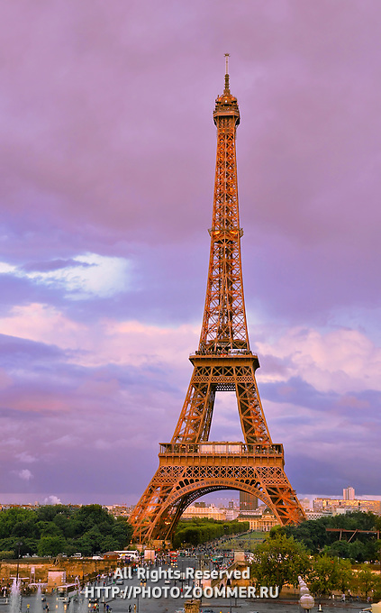 Eiffel (Eifel) tower in the evening with dramatic sky