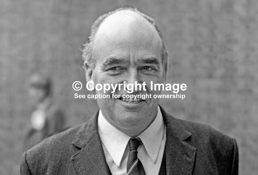 Harry West, Ulster Unionist, candidate, Fermanagh &amp; South Tyrone, N Ireland Assembly General Election, 197306050360b.<br />