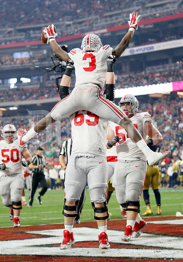 Ohio State Buckeyes wide receiver Michael Thomas (3) celebrates scoring a touchdown with offensive lineman Pat Elflein (65) during the first quarter of the Battlefrog Fiesta Bowl against the Notre Dame Fighting Irish at University of Phoenix Stadium in Glendale, Arizona on Jan. 1, 2016. (Adam Cairns / The Columbus Dispatch)