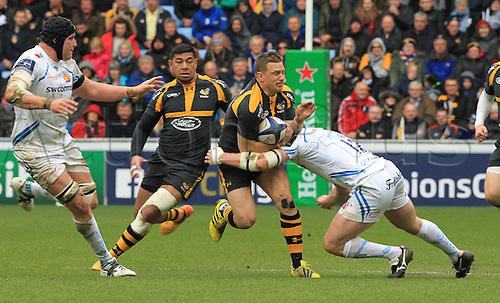 09.04.2016. Ricoh Arena, Coventry, England. European Champions Cup. Wasps versus Exeter Chiefs.  Wasps Jimmy Gopperth tries to make a break but is pulled back