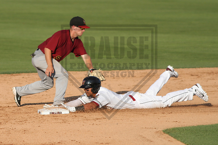 Wisconsin Timber Rattlers outfielder Brandon Diaz (5) during a Midwest League game against the Wisconsin Timber Rattlers on July 17th, 2015 at Fox Cities Stadium in Appleton, Wisconsin. Quad Cities defeated Wisconsin 4-2. (Brad Krause/Krause Sports Photography)