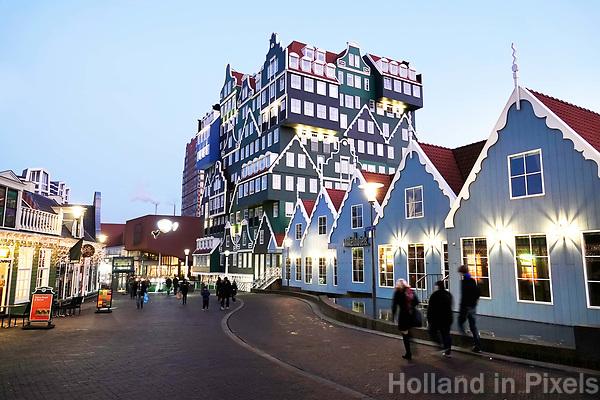 Nederland Zaandam -  Januari 2018.  Het vernieuwde centrum van Zaandam. Inntel Hotels. Het Inntel Hotel is ontworpen door WAM Architecten.  Foto Berlinda van Dam / Hollandse Hoogte
