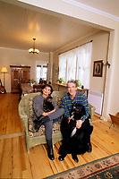Claude Gauthier<br />  et sa maison<br /> <br /> PHOTO :   Agence Quebec Presse