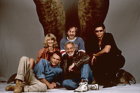 Jurassic Park (1993)<br /> Promo shot of Laura Dern, Steven Spielberg, Jeff Goldblum, Richard Attenborough &amp; Sam Neill<br /> *Filmstill - Editorial Use Only*<br /> CAP/KFS<br /> Image supplied by Capital Pictures