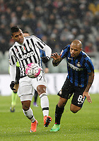 Calcio, Serie A: Juventus vs Inter. Torino, Juventus Stadium, 28 February 2016.<br /> Juventus&rsquo; Alex Sandro, left, is challenged by Inter's Felipe Melo during the Italian Serie A football match between Juventus and Inter at Turin's Juventus Stadium, 28 February 2016.<br /> UPDATE IMAGES PRESS/Isabella Bonotto