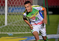 IBAGUÉ - COLOMBIA, 03-03-2018: Omar Duarte jugador del Atlético Huila celebra después de anotar un gol a La Equidad durante partido por la fecha 6 de la Liga Águila I 2018 jugado en el estadio Manuel Murillo Toro de Ibagué. / Omar Duarte player of Atletico Huila celebrates after scoring a goal to La Equidad during match for date 6 of the Aguila League I 2018 played at Manuel Murillo Toro stadium in Ibague city. Photo: VizzorImage / Juan Carlos Escobar / Cont