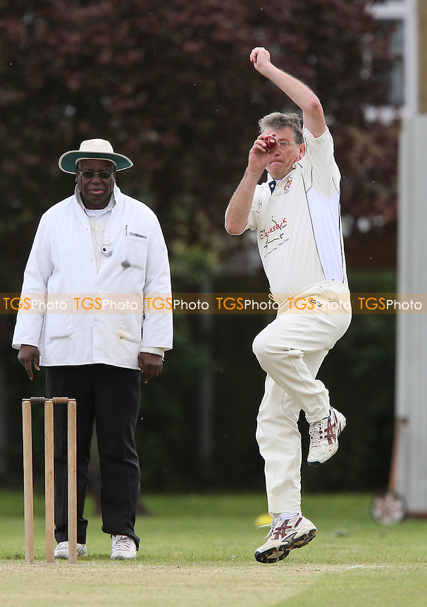 J Thomas bowls for Hornchurch Ath - Hornchurch Athletic CC vs Hawks CC - Lords International Cricket League at Hylands Park - 16/05/09 - MANDATORY CREDIT: Gavin Ellis/TGSPHOTO - Self billing applies where appropriate - 0845 094 6026 - contact@tgsphoto.co.uk - NO UNPAID USE.