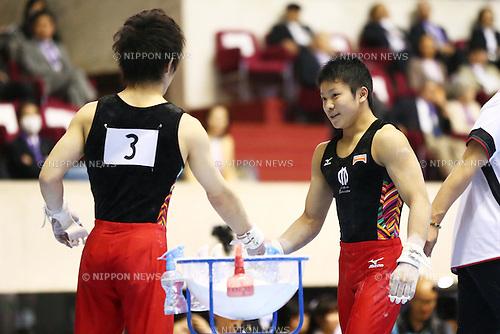 (L to R) Ryohei Kato (JPN), Shogo Nonomura (JPN), .May 4, 2012 - Artistic gymnastics : .The 51st NHK Cup, Men's Individual All-Around 1st Day .at Yoyogi 1st Gymnasium, Tokyo, Japan. .(Photo by Daiju Kitamura/AFLO SPORT) [1045]