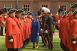The Queen inspects Chelsea Penioners at the Founders Day annual parade London SW3 England. 2006.