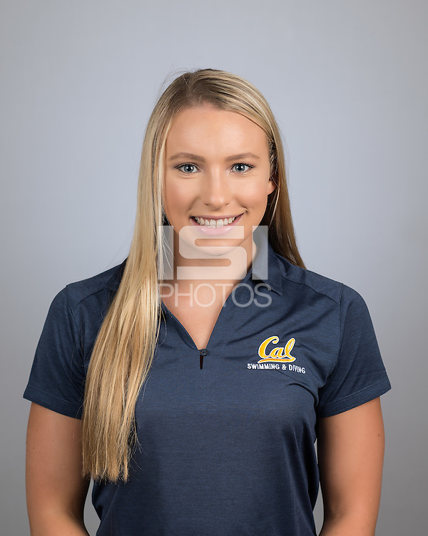 Berkeley, Ca - October 4, 2016: The 2016-2017 Cal Bears Women's Swimming and Diving Team.