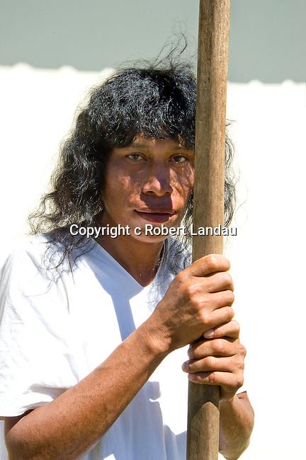 Lacandon man awaiting the arrival of President Calderon