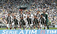 Calcio, Serie A: Juventus - Hellas Verona, Torino, Allianz Stadium, 19 maggio, 2018.<br /> Juventus' team line up prior to the start of the Italian Serie A football match between Juventus and Hellas Verona at Torino's Allianz stadium, 19 May, 2018.<br /> Juventus won their 34th Serie A title (scudetto) and seventh in succession.<br /> Gianluigi Buffon played his last match with Juventus today after 17 years.<br /> UPDATE IMAGES PRESS/Isabella Bonotto