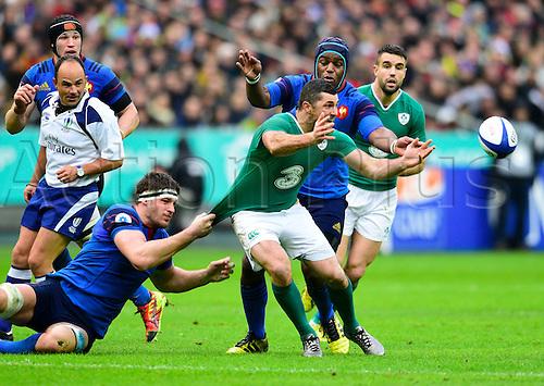 13.02.2016. Stade de France, Paris, France. 6 Nations Rugby international. France versus Ireland.  Rob Kearney ( Ireland ) held back by Alexandre Flanquart ( France )