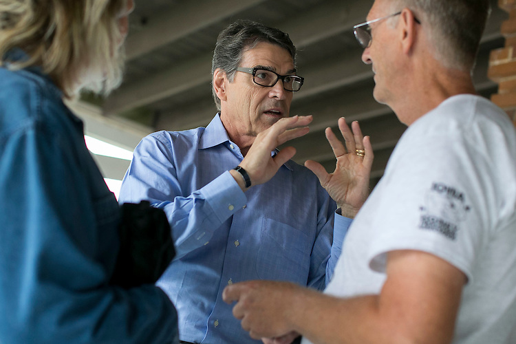 UNITED STATES - August 17: Republican presidential candidate Rick Perry meets fairgoers at the Iowa State Fair on Tuesday, August 18, 2015 in Des Moines, Iowa. (Photo By Al Drago/CQ Roll Call)