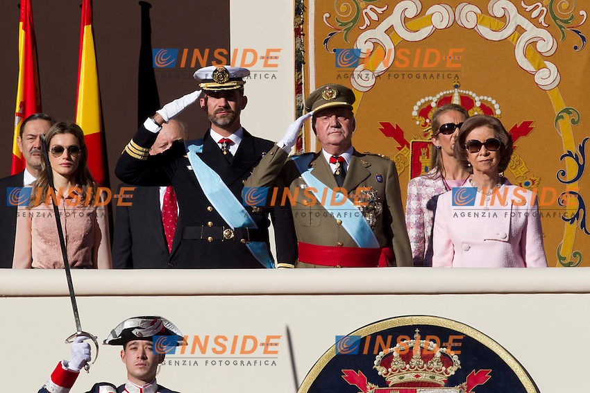 MADRID (12/10/2010).- Princess Letizia, Prince Felipe, Princess Elena, Princess Cristina and Inaki Urdangarin, King Juan Carlos and Queen Sofia attend the military parade at Spain`s National Day in Madrid. Pictured ...Photo: Cesar Cebolla / ALFAQUI / Insidefoto