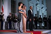 US President Barack Obama (R) and First Lady Michelle Obama (2L) greet Italian Prime Minister Matteo Renzi (2R) and Italian First Lady Agnese Landini (L) on the North Portico of the White House in Washington DC, USA, 18 October 2016. President Obama and First Lady Michelle Obama are hosting their final state dinner featuring celebrity chef Mario Batali and singer Gwen Stefani performing after dinner. <br /> Credit: Shawn Thew / Pool via CNP
