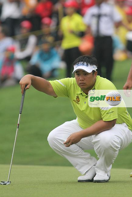 Kiradech Aphibarnrat (THA) on the 18th during the resumed Round 3 of the 2013 Maybank Malaysian Open, Kuala Lumpur Golf and Country Club, Kuala Lumpur, Malaysia 24/3/13...(Photo Jenny Matthews/www.golffile.ie)