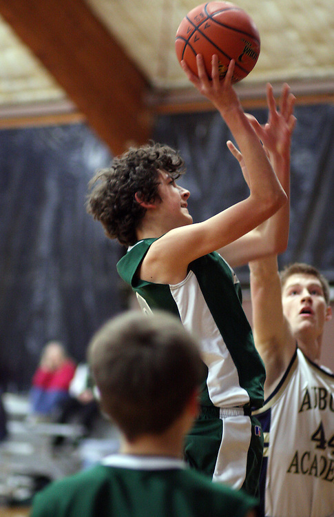 Mount Rainier Lutheran High School Boys Basketball