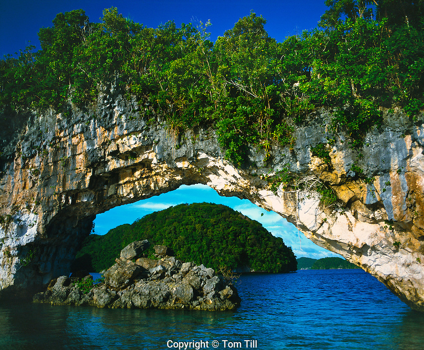 Rock Islands Arch, Rock Islands National Park,.Republic of Palau, Micronesia