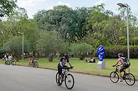 São Paulo (SP), 01/08/2019 - Esculturas da EAR Parade - Esculturas gigantes de orelhas podem ser vistas no Parque do Ibirapuera, nesta quinta-feira, 01. As obras fazem parte da Ear Parade SP 2019, que promove o primeira evento de arte urbana no mundo relacionado à saúde auditiva. ( Foto Anderson Lira/Brazil Photo Press)