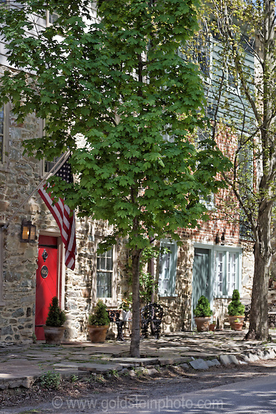 Waterford Virginia shops, homes, and amenities