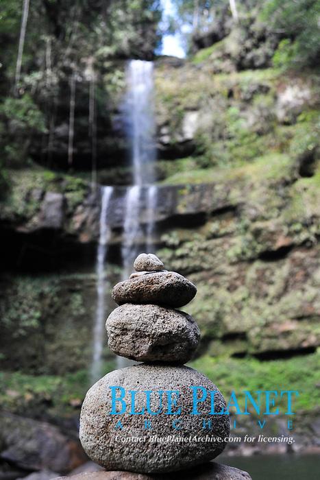 Stones in Hornoyaco cascade
