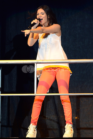 WEST PALM BEACH - JULY 5:  Victoria Justice performs at the Cruzan Amphitheatre on July 5, 2013 in West Palm Beach, Florida.. Credit: mpi04/MediaPunch Inc.