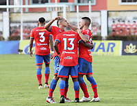 IPIALES-COLOMBIA, 24-10-2019: Jugadores de Rionegro Águilas Doradas, celebran el gol tercer anotado a Deportivo Pasto, durante partido de la fecha 19 entre Deportivo Pasto y Rionegro Águilas Doradas por la Liga Águila II 2019  jugado en el estadio Municipal de Ipiales de la Ciudad de Ipiales. / Players of Rionegro Aguilas Doradas, celebrate the third scored goal to Deportivo Pasto, during a match of the 19th date between Deportivo Pasto and Rionegro Aguilas Doradas for the Aguila Leguaje II 2019 played at the Municipal de Ipiales stadium in Ipiales city. Photo: VizzorImage / Leonardo Castro / Cont.