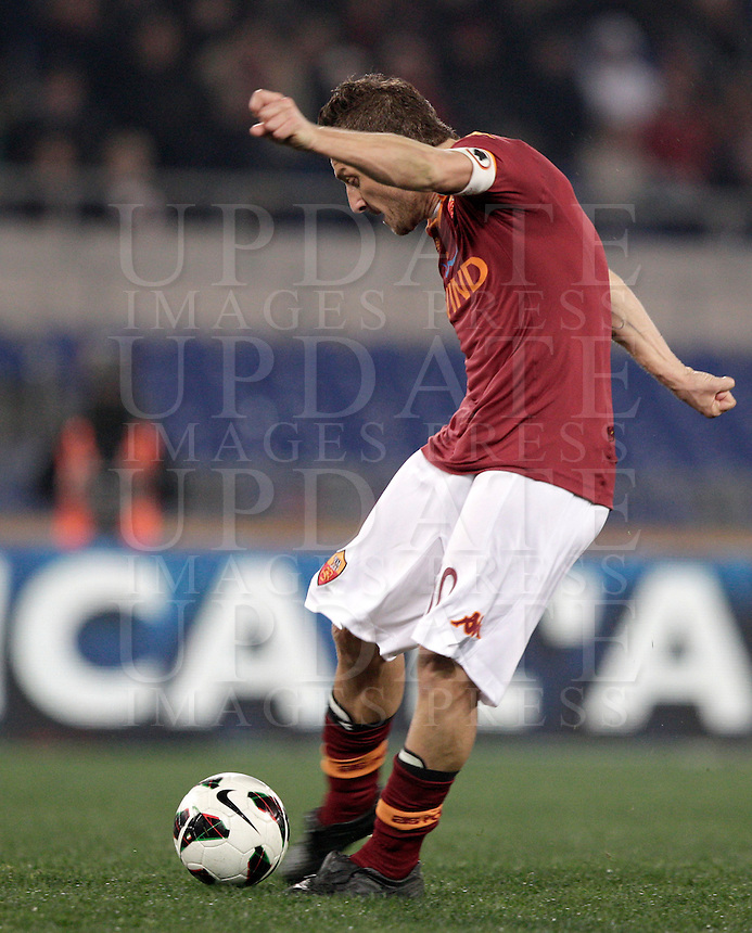 Calcio, Serie A: Roma vs Genoa. Roma, stadio Olimpico, 3 marzo 2013..AS Roma forward Francesco Totti kicks the ball during the Italian Serie A football match between AS Roma and Genoa at Rome's Olympic stadium, 3 March 2013..UPDATE IMAGES PRESS/Riccardo De Luca