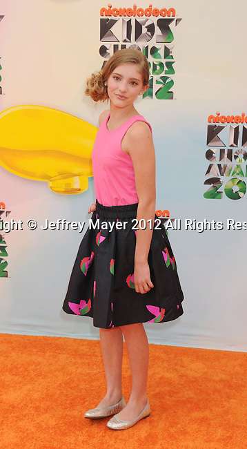 LOS ANGELES, CA - MARCH 31: Willow Shields arrives at the 2012 Nickelodeon Kids' Choice Awards at Galen Center on March 31, 2012 in Los Angeles, California.