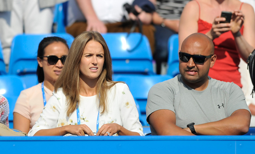 Kim Sears - the new Mrs Andy Murray - at Queens for her husbands match against Yen-Hsun Lu (TPE)<br /> <br /> Photographer Ashley Western/CameraSport<br /> <br /> Tennis - ATP 500 World Tour - AEGON Championships- Day 2 - Tuesday 16th June 2015 - Queen's Club - London <br /> <br /> &copy; CameraSport - 43 Linden Ave. Countesthorpe. Leicester. England. LE8 5PG - Tel: +44 (0) 116 277 4147 - admin@camerasport.com - www.camerasport.com