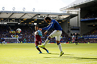Andre Gomes of Everton clears the ball during the Premier League match between Everton and West Ham United at Goodison Park on October 19th 2019 in Liverpool, England. (Photo by Daniel Chesterton/phcimages.com)<br /> Foto PHC/Insidefoto <br /> ITALY ONLY