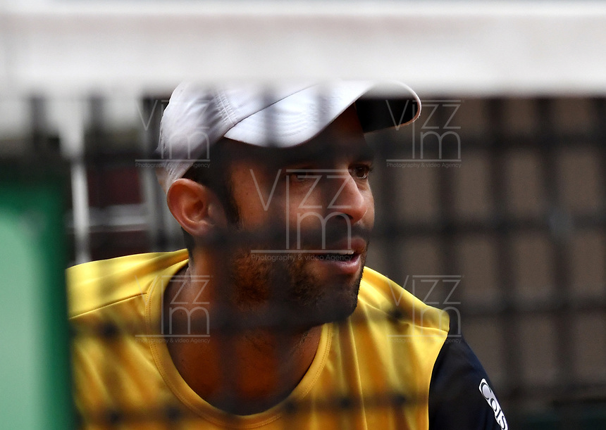 BOGOTA - COLOMBIA – 16 – 09 -2019: Sebastian Cabal de Colombia, durante partido de dobles de la Copa Davis entre los equipos de Colombia y Croacia, partidos por el ascenso al Grupo Mundial de Copa Davis por BNP Paribas, en la Plaza de Toros La Santamaria en la ciudad de Bogota. / Sebastian Cabal from Colombia, during a Davis Cup doubles tennis match between the teams of Colombia and Croatia, match promoted to the World Group Davis Cup by BNP Paribas, at the La Santamaria Ring Bull in Bogota city. / Photo: VizzorImage / Luis Ramirez / Staff.