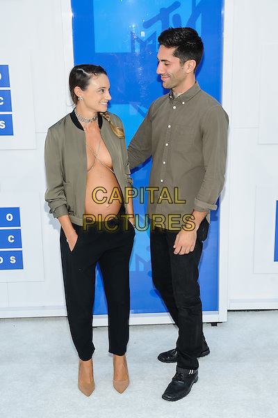 28 August 2016 - New York, New York - Laura Perlongo, Nev Schulman.  2016 MTV Video Music Awards at Madison Square Garden. <br /> CAP/ADM/MSA<br /> &copy;MSA/ADM/Capital Pictures