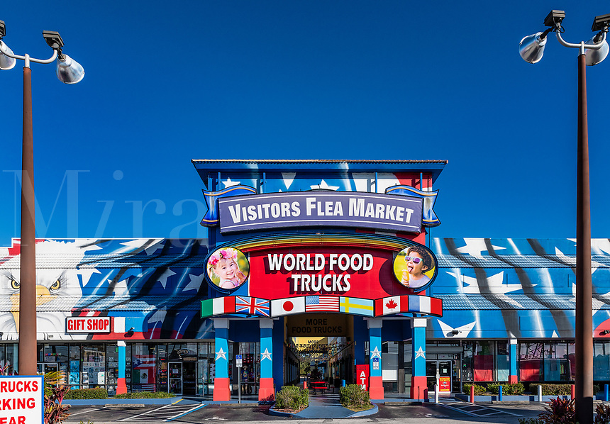 Visitors Flea Market and World Food Trucks attraction, Kissimmee, Florida, USA.
